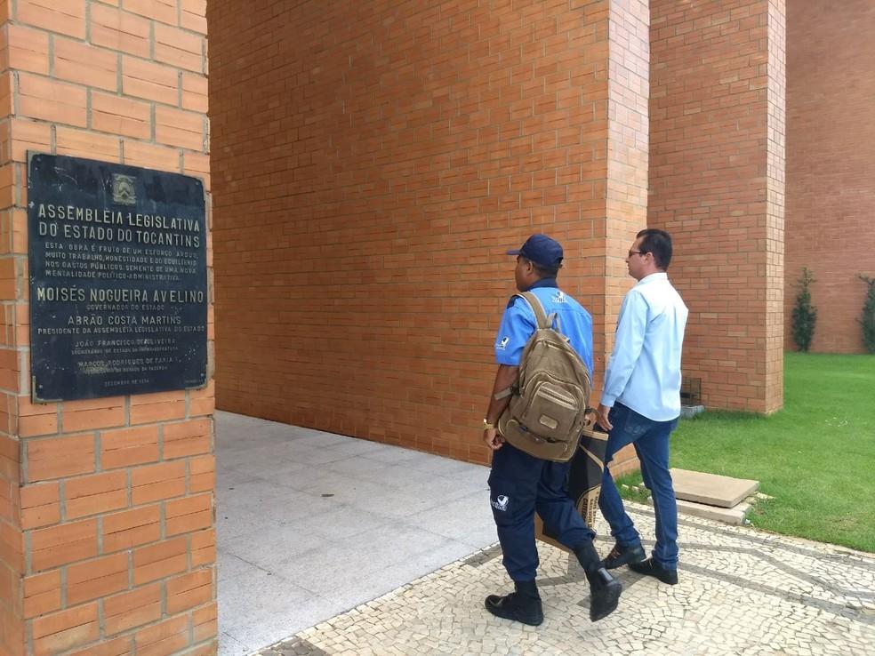 Lira começou a trabalhar na Assembleia Legislativa nessa segunda-feira (5) (Foto: Gabriela Lago/G1)