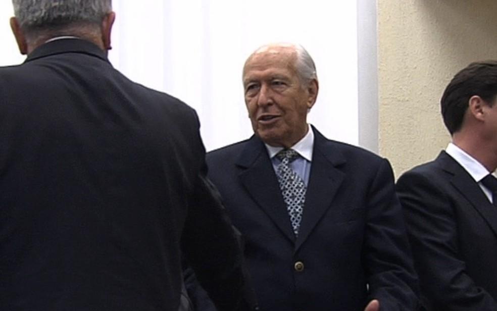 Ex-prefeito de Goiânia Nion Albernaz está internado em UTI do Hospital Neurológico Goiás (Foto: Reprodução/TV Anahnguera)