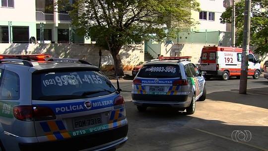 Mãe do menor suspeito de matar vizinha disse que desmaiou ao ver corpo da menina em escada: 'Tive um apagão'
