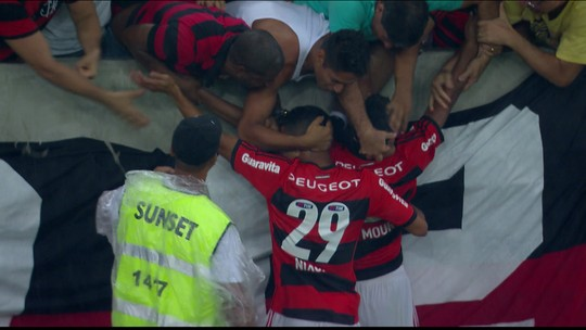 """Em alta com a torcida, Márcio Araújo celebra três anos do gol contra o Vasco: """"O mais importante"""""""