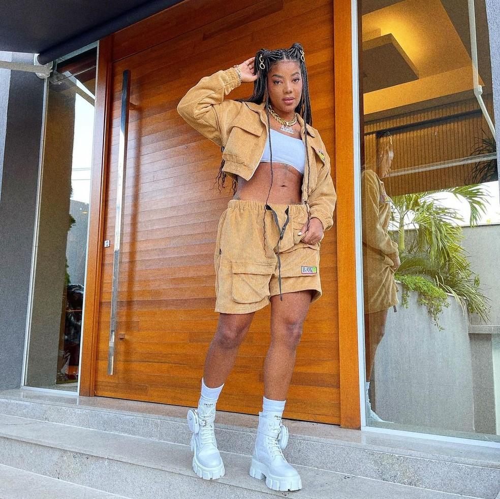 Ludmilla posa com look estiloso — Foto: Reprodução/Instagram