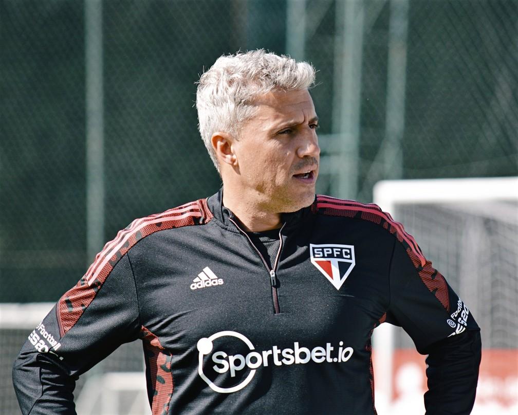 Crespo em treino do São Paulo — Foto: Erico Leonan / saopaulofc