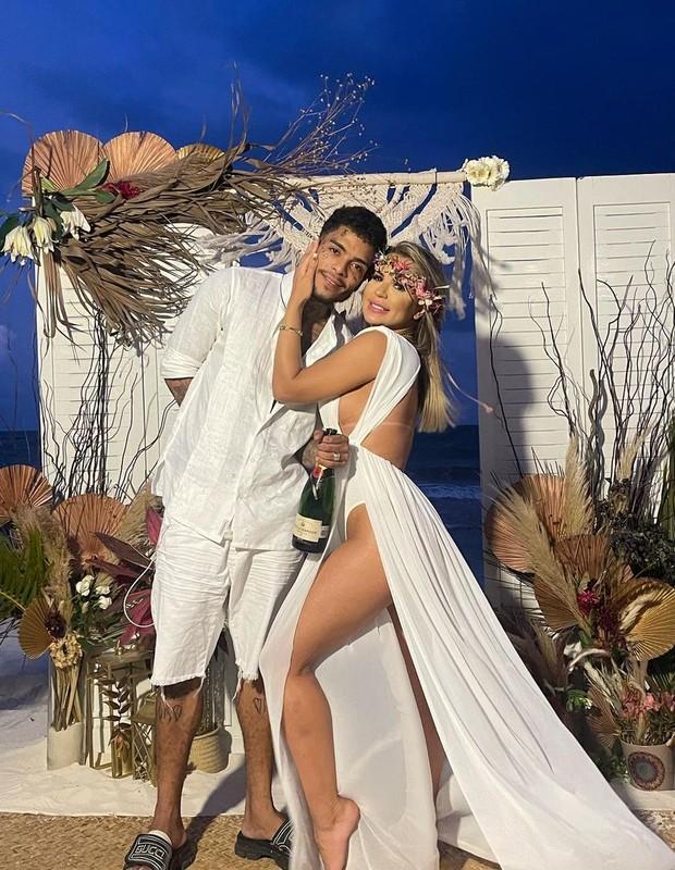 MC Kevin e Deolane Bezerra se casaram no dia 28 de abril em Tulum, no México (Foto: Reprodução/Instagram)