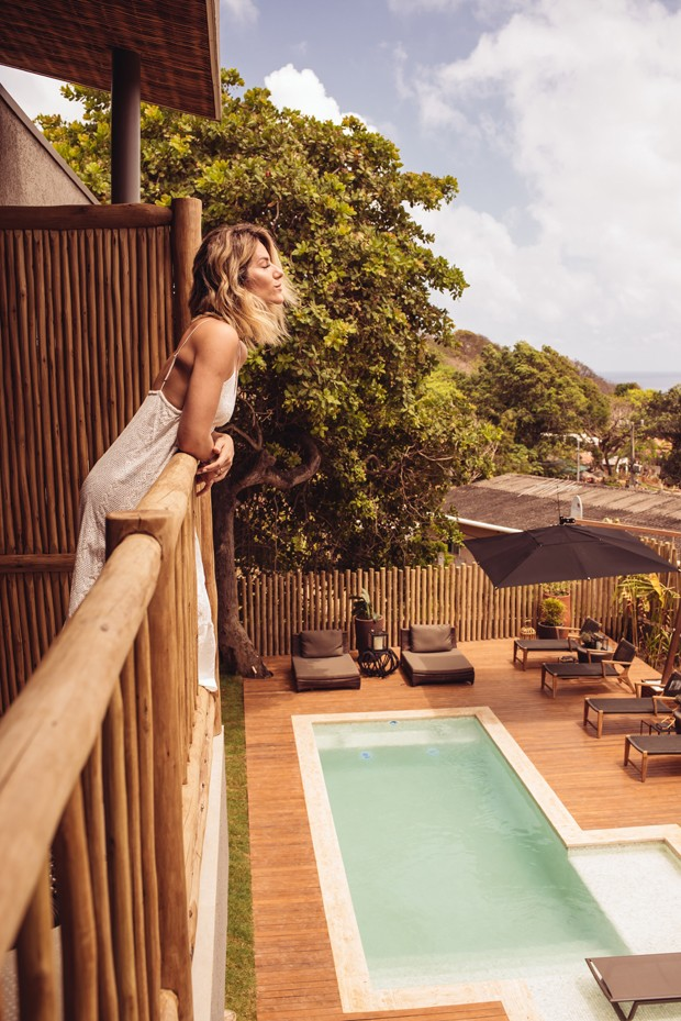 Giovanna Ewbank mostra detalhes exclusivos da nova pousada em Noronha (Foto: Eduardo Bravin)