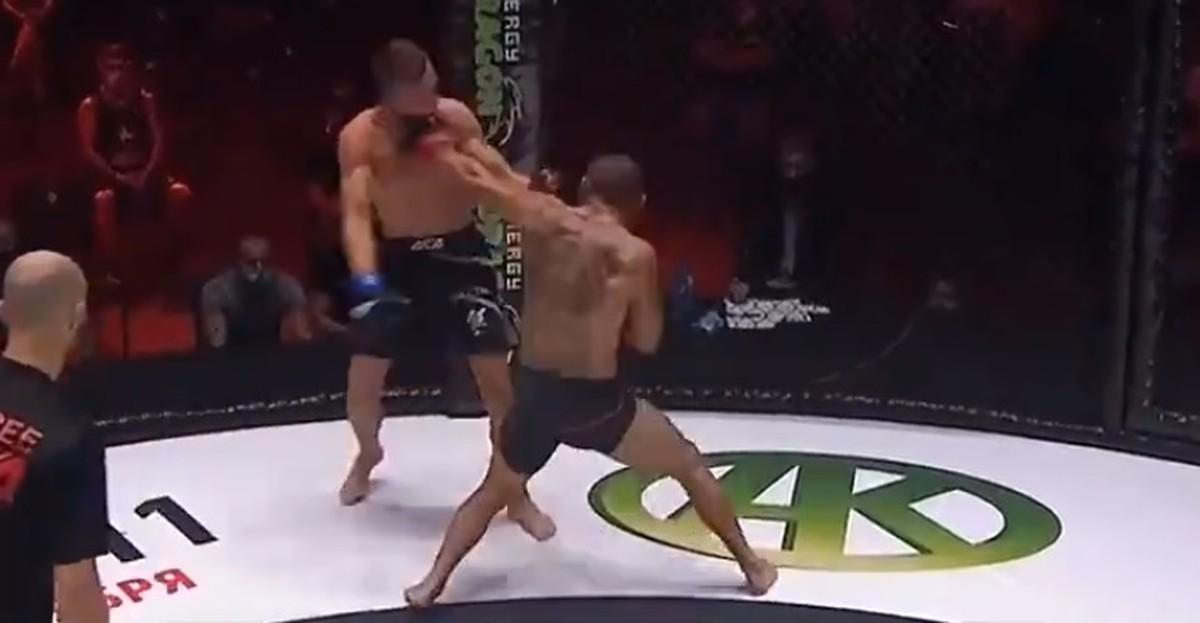 Lutador é nocauteado em 3 segundos após chamar rival para trocação