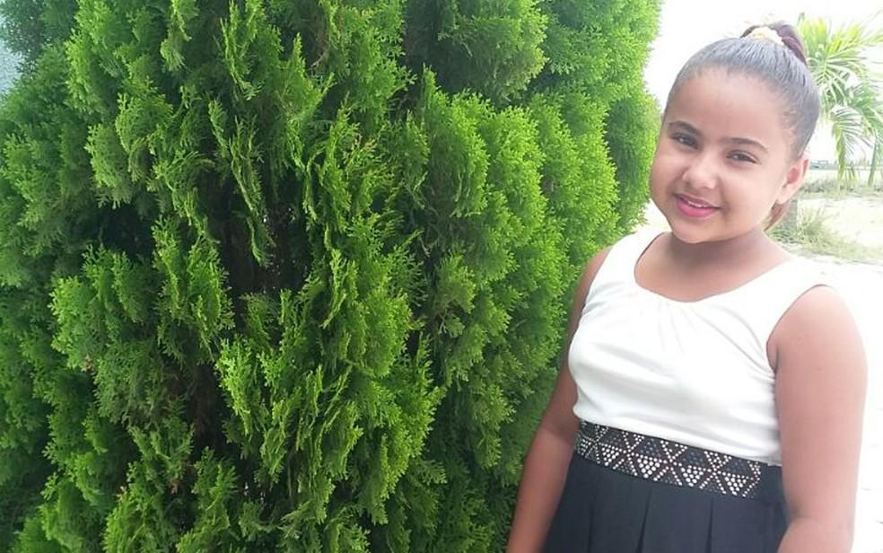 Menina de nove anos não conseguiu marcar exames por conta de informação falsa em registro  (Foto:  Fabricia dos Santos Xavier/ Arquivo Pessoal)