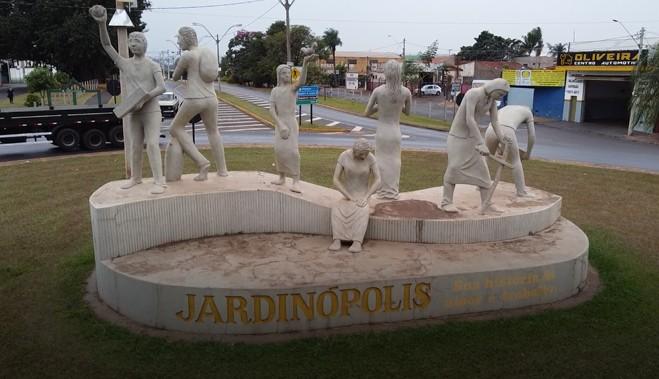 Prefeitura proíbe festas em casa após Vigilância apontar mudança no perfil de aglomerações em Jardinópolis