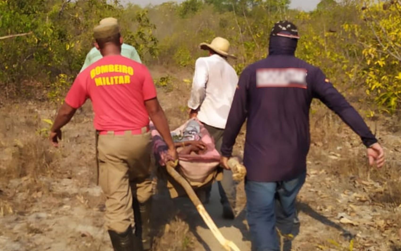 Após 30 horas desaparecida, idosa é achada em mata a mais de 15 km de distância de onde saiu para colher pequis e se perdeu