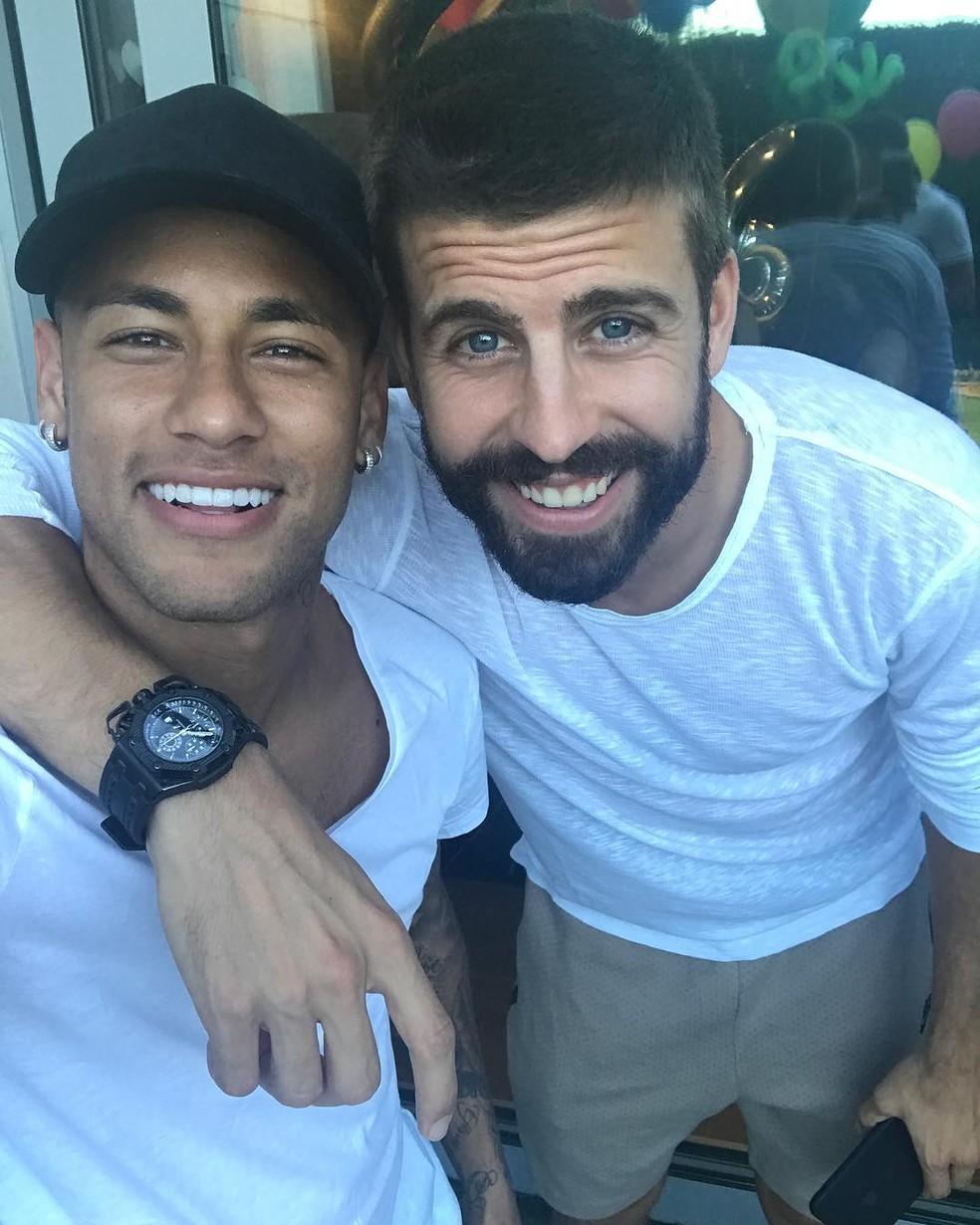 Piqué deixa claro que tem ótima relação com o atacante Neymar (Foto: Reprodução / Instagram)