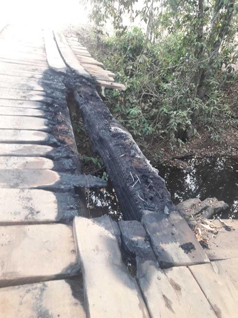 Pontes são depredadas em Governador Jorge Teixeira, RO — Foto: Divulgação