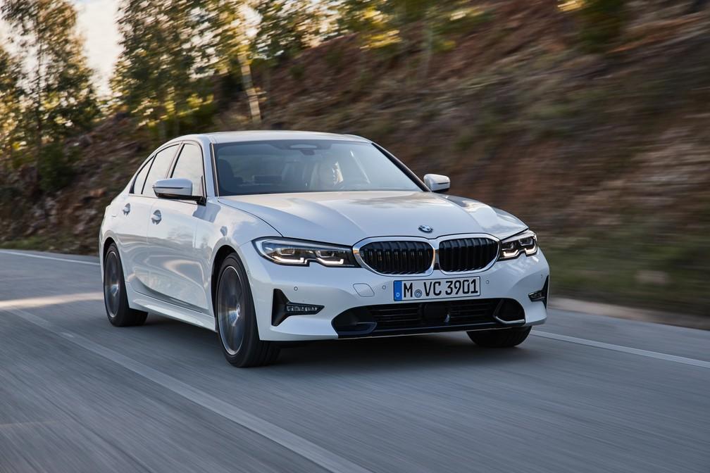 BMW Série 3 ganhará versão mais barata, 330i Sport, em junho — Foto: Divulgação/BMW