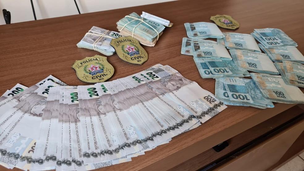 Polícia apreendeu cerda de R$ 50 mil em dinheiro durante o cumprimento de mandados — Foto: Divulgação/PC