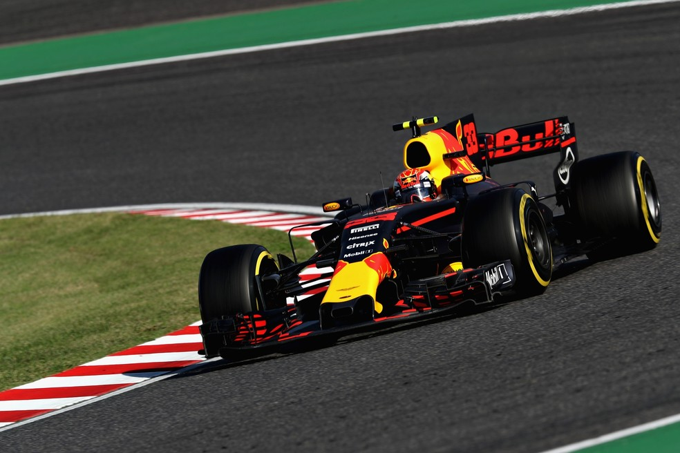 Holandês fez grande largada em Suzuka, ultrapassando Ricciardo (Foto: Getty Images)