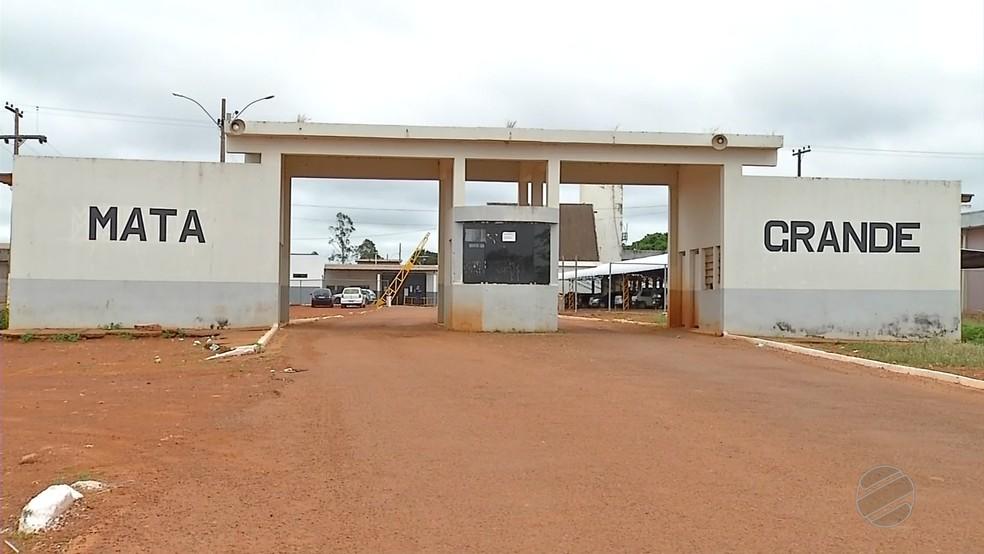 Visitas a presos de ala onde 27 detentos fugiram são suspensas  (Foto: TVCA/ Reprodução)