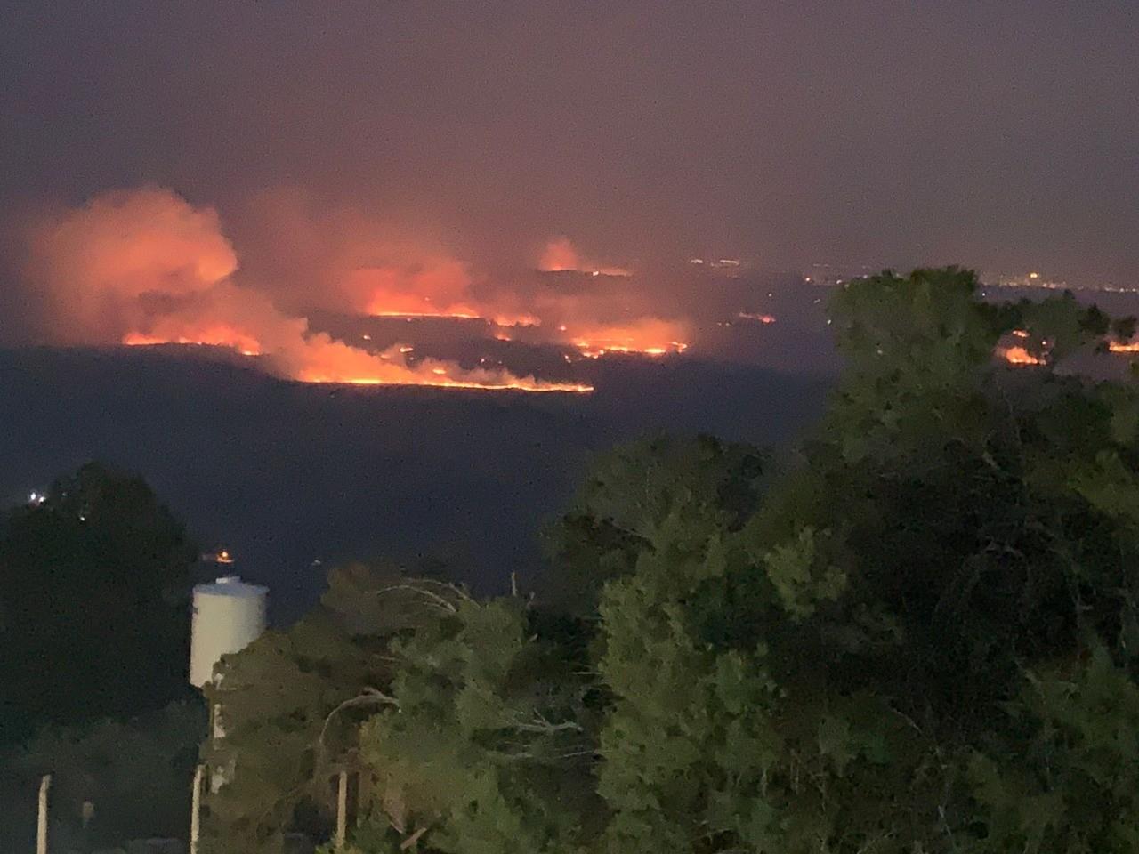 Em emergência devido a incêndios e estiagem, São Pedro tem uma queimada em mata combatida por bombeiros a cada 27 horas