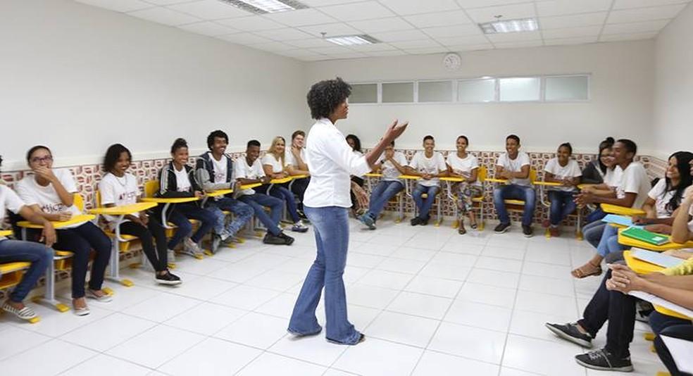 Objetivo da iniciativa é elevar o potencial de conhecimento dos participantes com o curso de inglês e, dessa forma, ajudar na inserção deles no mercado de trabalho.  — Foto: Divulgação