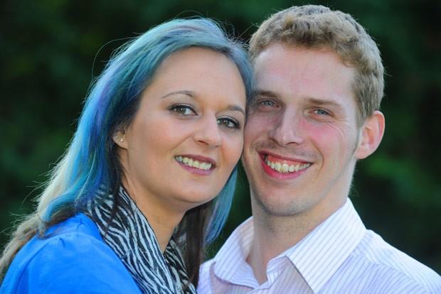 Sarah Thomson teve de se apaixonar de novo pelo marido (Foto: Caters)
