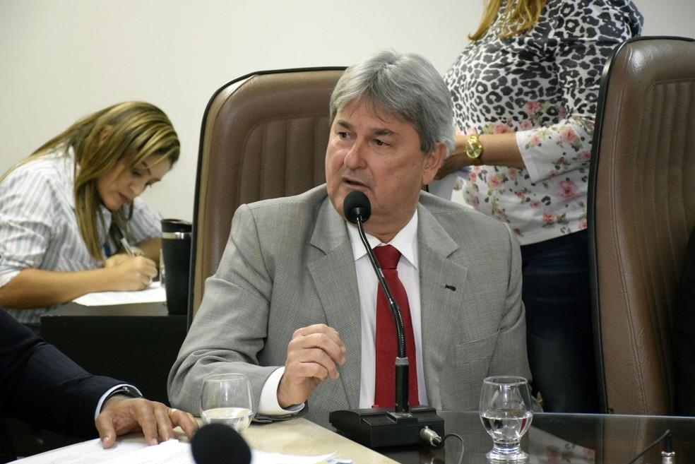 jutisça determinou inelegibilidade do deputado estadual Tomba Farias (PSB)  (Foto: Ney Douglas/Assembleia Legislativa do RN)