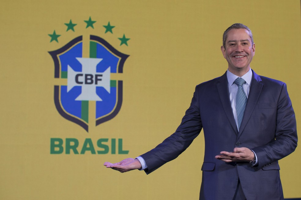 Rogério Caboclo, presidente da CBF, havia prometido que Brasileirão seria interrompido em datas-Fifa — Foto: Lucas Figueiredo/CBF