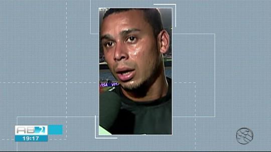 Corpo de Valdiram é enterrado em  Canhotinho, cidade natal do ex-jogador do Vasco