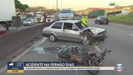 Motociclista fica ferido em acidente na Rodovia Fernão Dias, em Contagem, na Grande BH