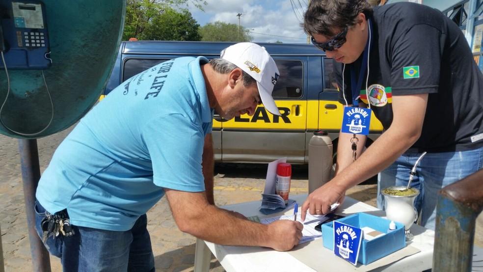 Ponto de votação na Região Metropolitana de Porto Alegre (Foto: Alexandra Freitas/G1)