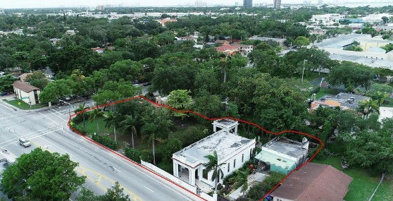 Casa considerada mal assombrada em Miami está à venda (Foto: Divulgação)
