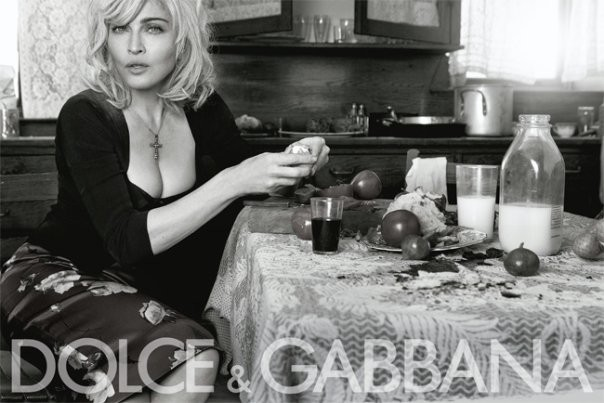 Madonna em campanha da Dolce & Gabbana em 2010 (Foto: Divulgação)