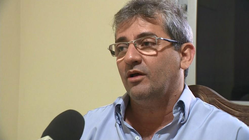Prefeito de Piúma, ES, José Ricardo Pereira — Foto: Reprodução/TV Gazeta