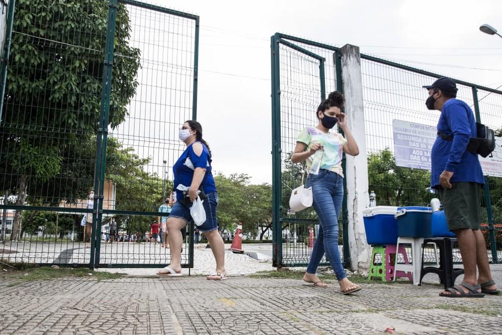 Candidatos deixam locais de prova do Enem — Foto: Thiago Gadelha/SVM