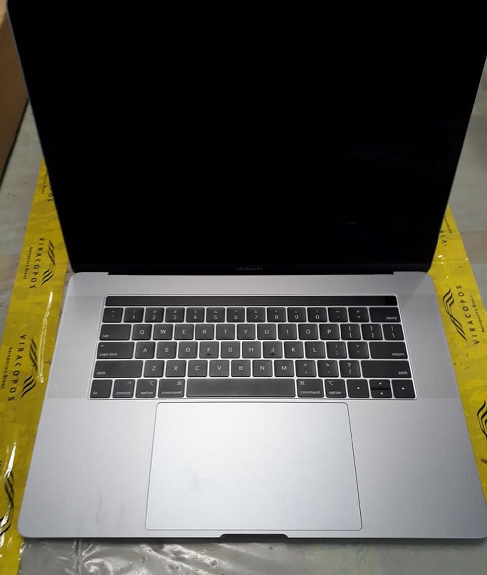 Leilão possui MacBook Pro com preço inicial abaixo do mercado — Foto: Reprodução/Receita Federal