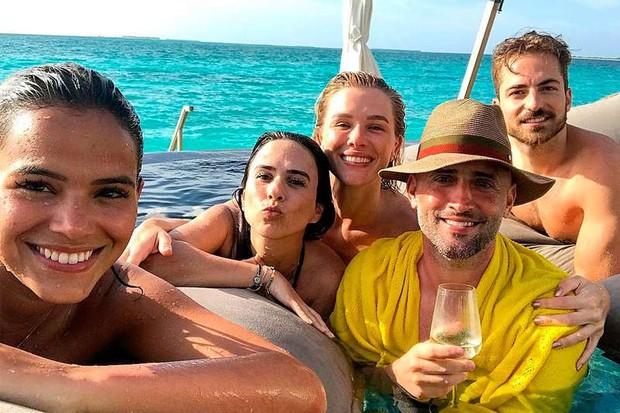 Tatá Werneck e Paulo Gustavo com Fiorella Mattheis, Thales Bretas e Bruna Marquezine (Foto: Reprodução/Instagram)