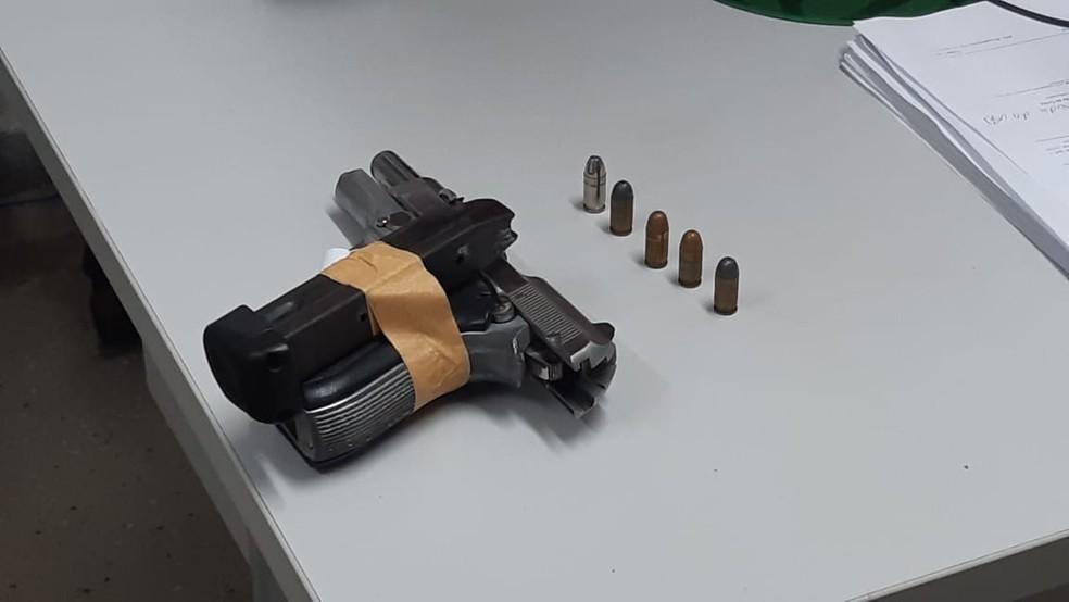 Suspeito disparou várias vezes contra policiais — Foto: Sérgio Henrique Santos/Inter TV Cabugi