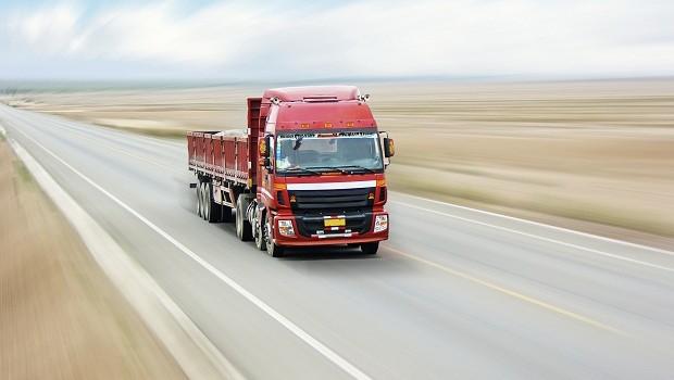 Caminhão em movimento GE (Foto: Thinkstock)
