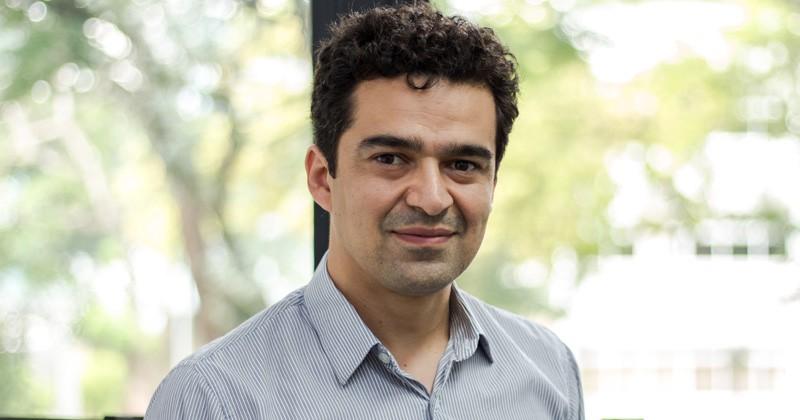 Tiago Pereira da Silva, professor de matemática aplicada do Instituto de Ciências Matemáticas e de Computação da USP. (Foto: Divulgação/CeMEAI-ICMC)