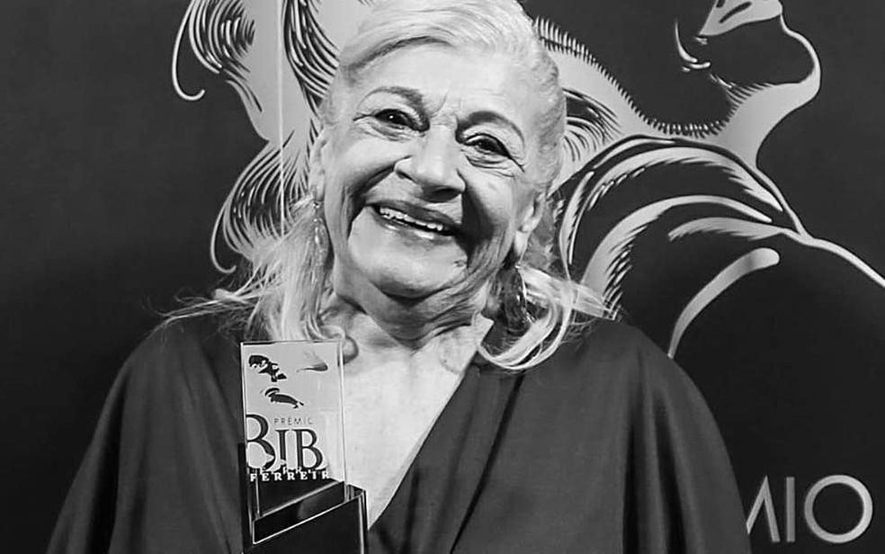 A atriz Inah Carvalho ganhou prêmio Bibi Ferreira de teatro como atriz coadjuvente de musicais — Foto: Divulgação/Prêmio Bibi Ferreira