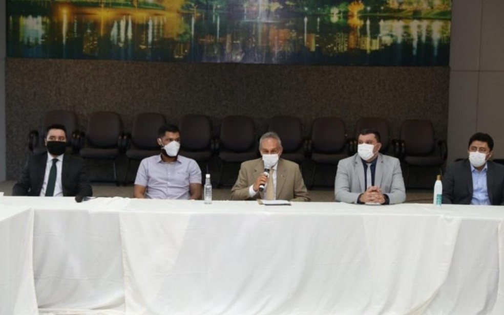 Reunião da Prefeitura de Goiânia sobre reativação dos contratos temporários — Foto: Prefeitura de Goiânia/Divulgação