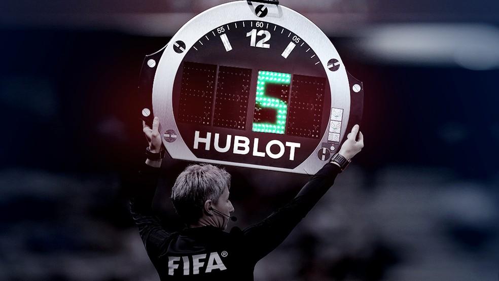 Times estão liberados para mudar cinco atletas por jogo — Foto: GloboEsporte.com