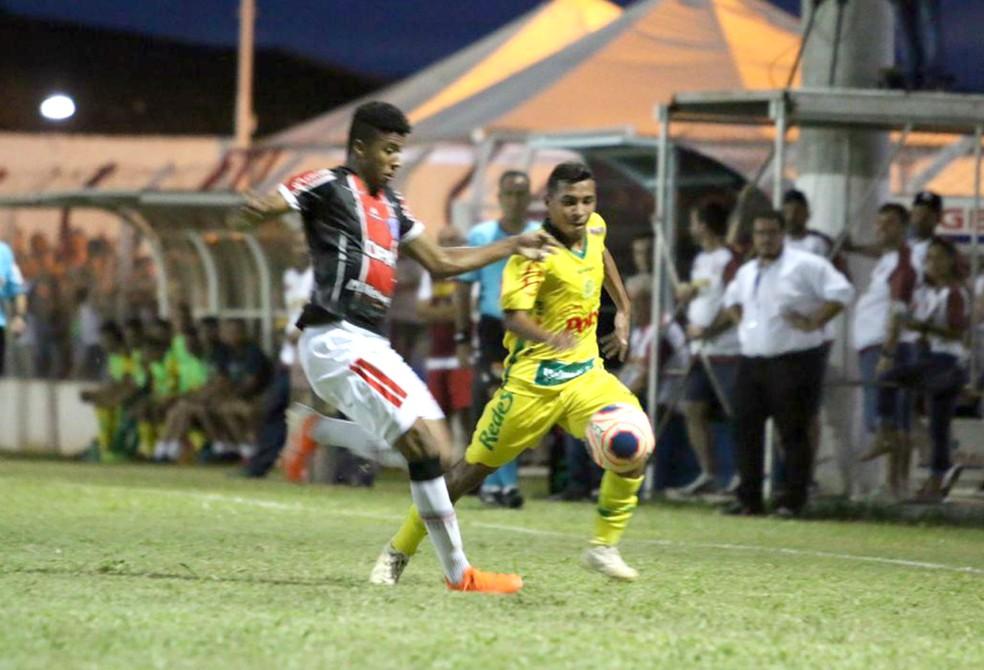 Lance da partida entre Mirassol e Joinville, disputada em Bálsamo — Foto: Marcos Freitas / Ag. Mirassol FC