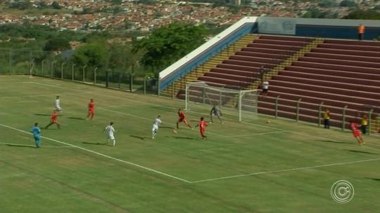 Desportivo Brasil vence de virada Audax-SP e vira líder da Série A3
