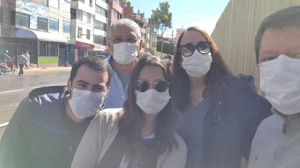 Grupo de potiguares que conseguiram chegar ao Brasil após ficarem retidos no Perú, durante quarentena do coronavírus — Foto: Cedida