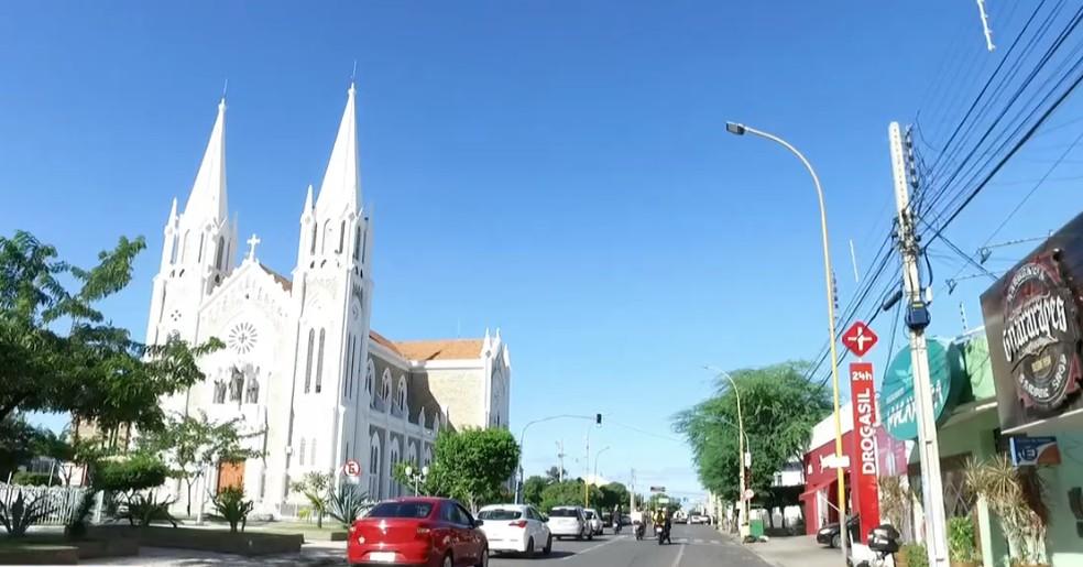 Avenida Guararapes em Petrolina, no Sertão pernambucano  — Foto: Reprodução/ BDP