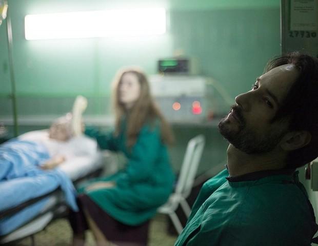 """Cena de """"O Tradutor"""", filme com Rodrigo Santoro (Foto: reprodução)"""