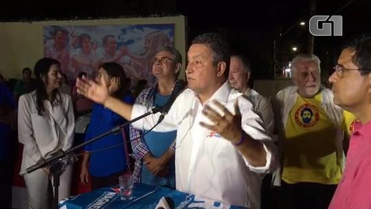 Governador reeleito, Rui Costa faz discurso e leva trio elétrico ao Rio Vermelho: 'Obrigado a esse povo maravilhoso da Bahia'