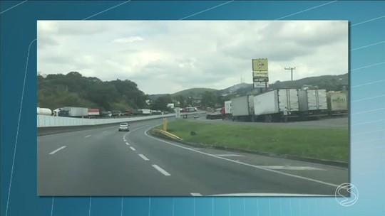 Veja reflexos do sexto dia de greve dos caminhoneiros em rodovias no Sul do Rio
