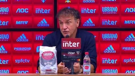"""Cuca lamenta derrota do São Paulo, mas diz: """"Não posso falar que o time jogou mal"""""""