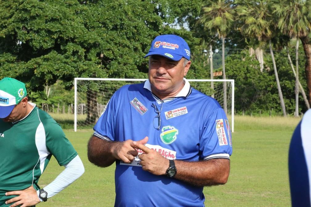 Ruy Scarpino, ex-técnico do Altos  — Foto: Luis Júnior