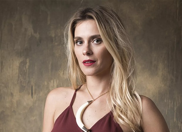 Afrodite é interpretada por Carolina Dieckmann (Foto: Globo/João Cotta)