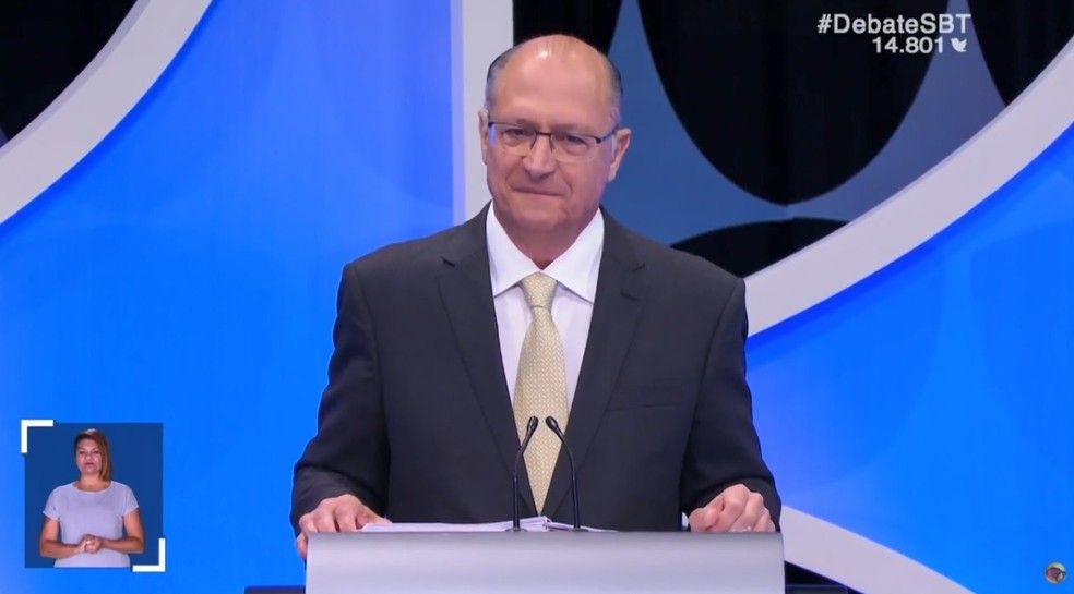 O candidato do PSDB à Presidência, Geraldo Alckmin, no debate do SBT — Foto: Reprodução