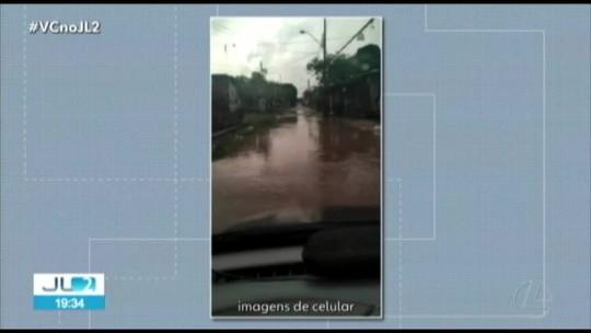 Forte chuva causa transtornos em Belém e provoca queda de torre, em Castanhal; duas pessoas morreram